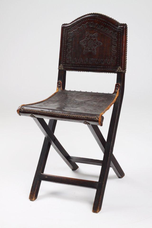 Cadeira de tesoura antiga