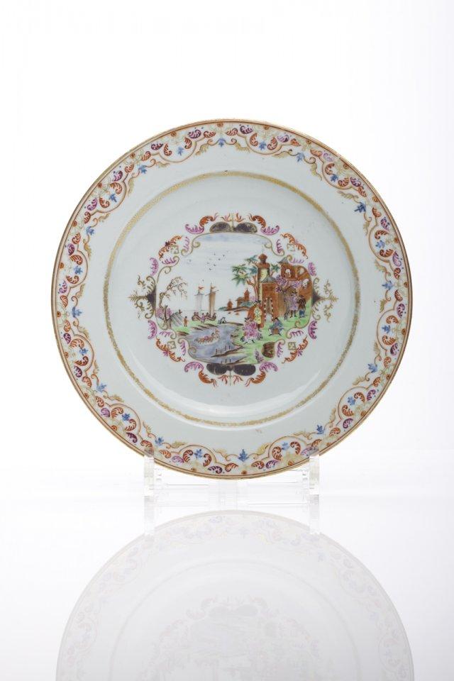 Prato em porcelana da China