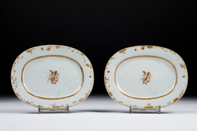 Pair of oval shaped dishes