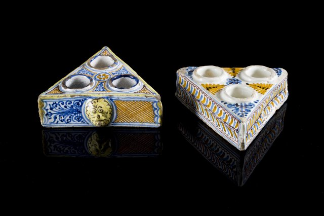 Faience spice stand