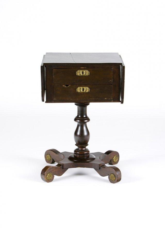Pequena mesa de trabalho George III