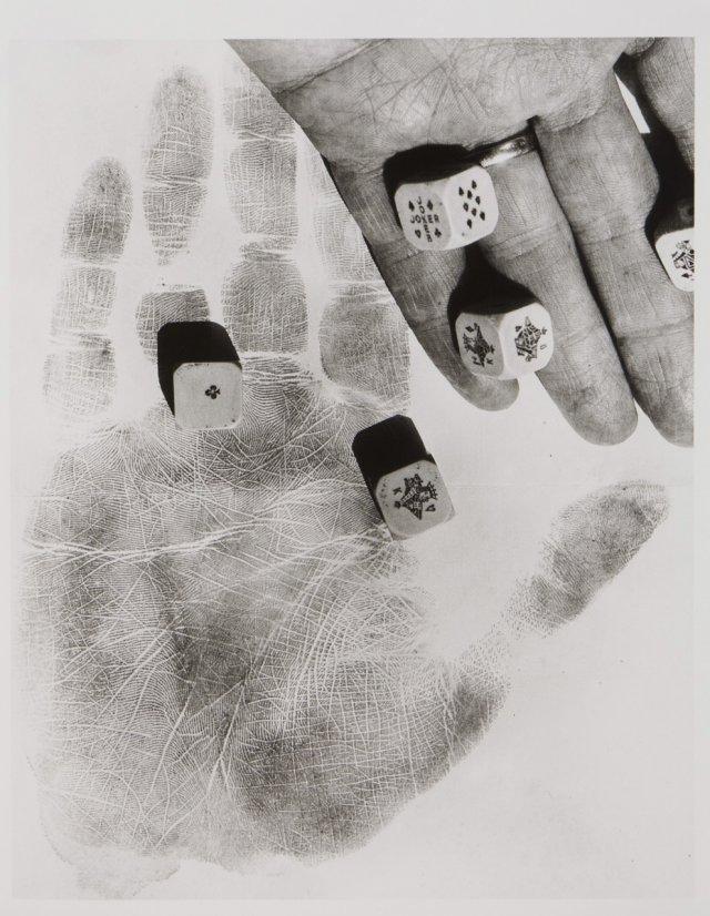 La main et les dés