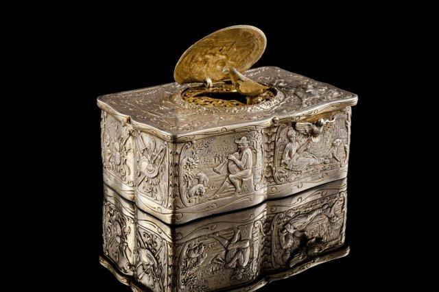 An English silver automation bird box, Karl Griesbaum, Birmingham hallmarks