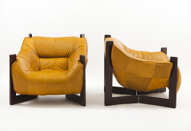 Pair of armchairs (1965)