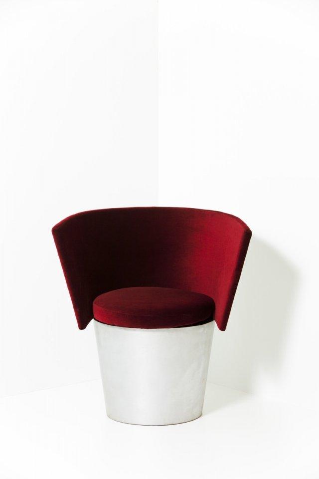 Cadeira Bullet, 2001