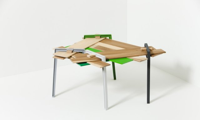 Raumond table (2011)