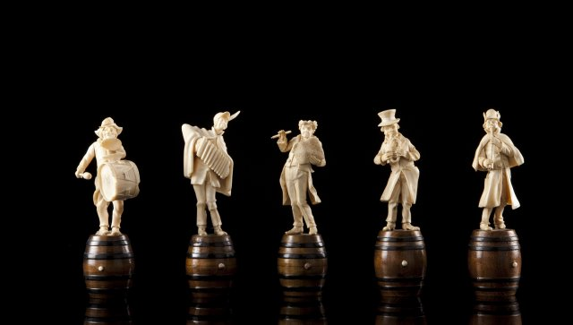 Group of 5 ivory musicians
