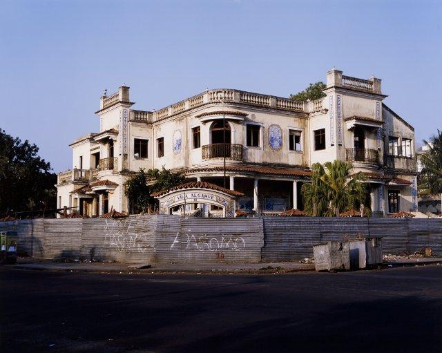 """Vila Algarve (Antiga sede da P.I.D.E.)"""