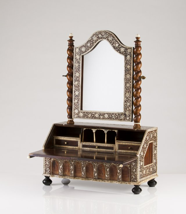 A small 18th century Anglo-Indian bureau