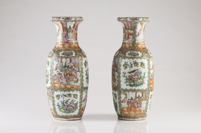 A pair of 19th century Chinese porcelain baluster vases
