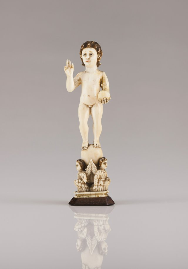 A late 17th, early 18th century Indo-Portuguese ivory sculpture of Child Jesus Saviour of the World