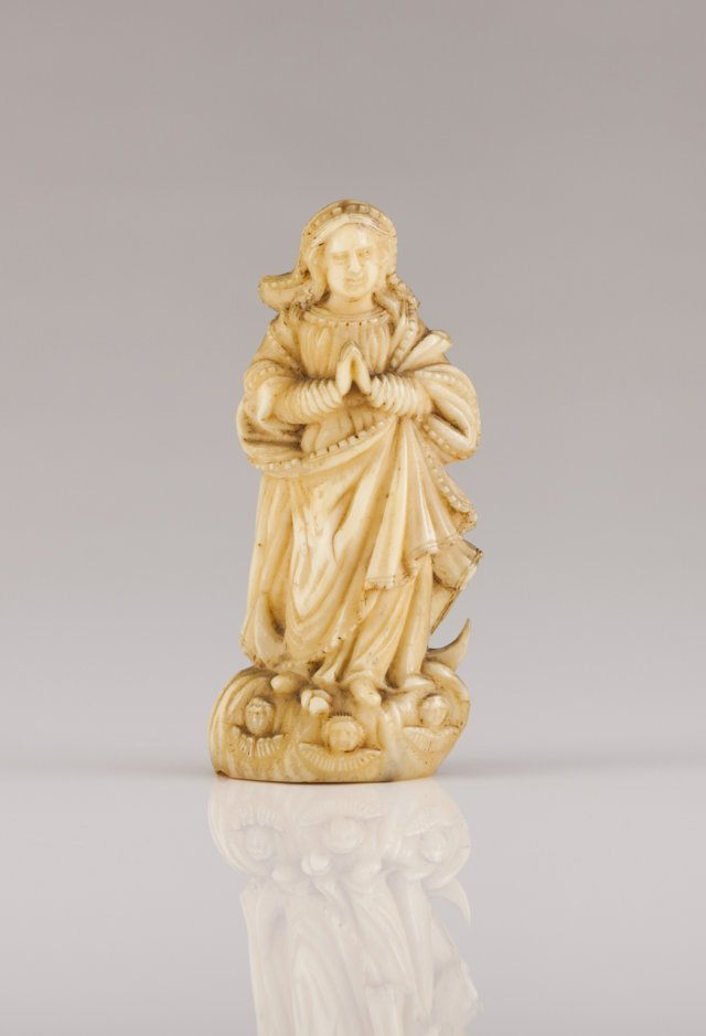An 18th century Indo-Portuguese ivory sculpture of Our Lady of the Conception