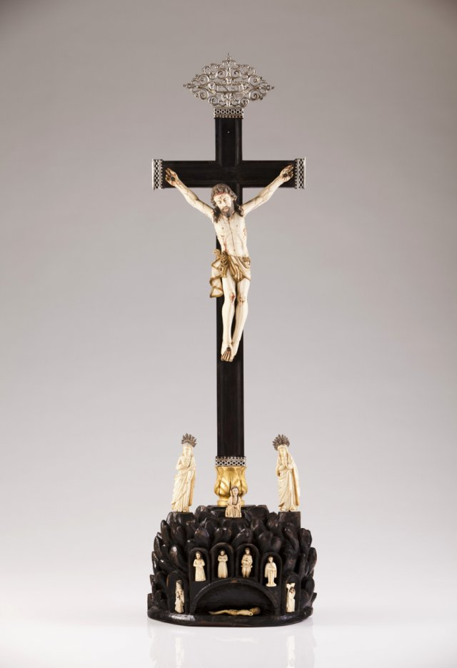 A late 17th, early 18th century Indo-Portuguese group sculpture representing Golgotha