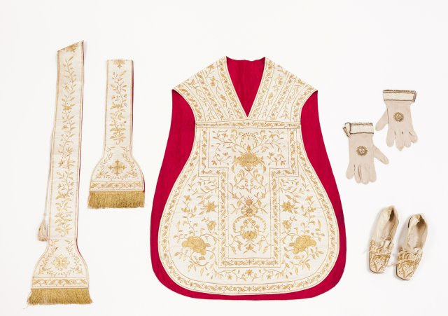 Chasuble, two stoles, gloves and shoes, late 18th, early 19th century