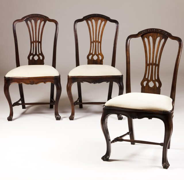 A set of three D.José (1750-1777) rosewood chairs