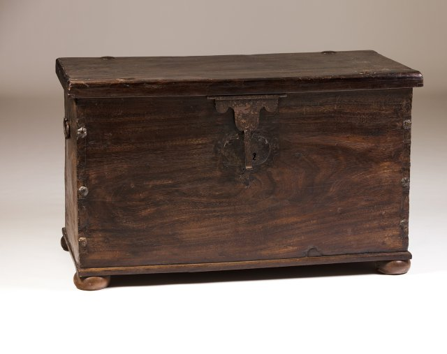 A 17th century Portuguese matazana and black Brazilian-chestnut chest