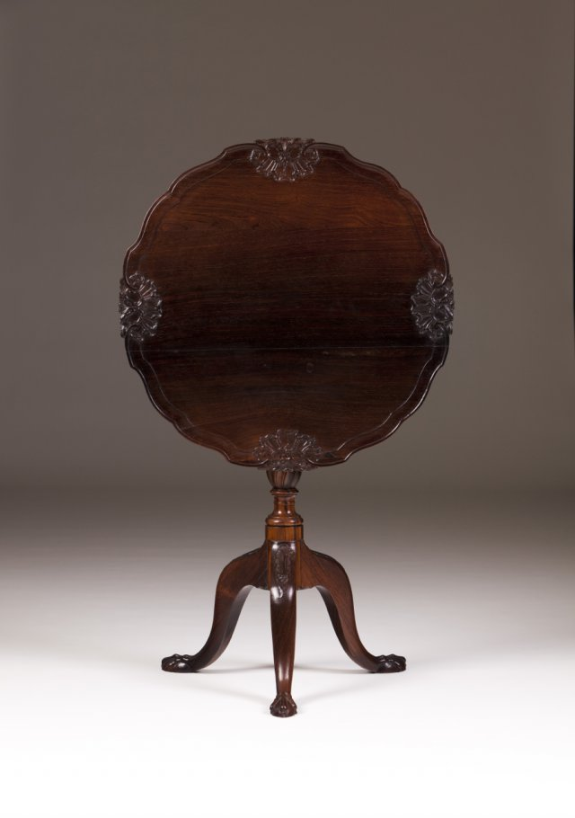 A D.José (1750-1777) rosewood tripod table