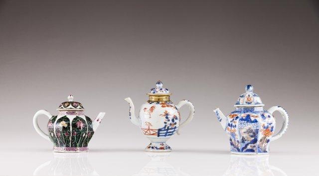 A Qianlong tea-pot with cover