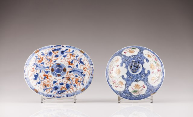 Two Chinese export porcelain covers