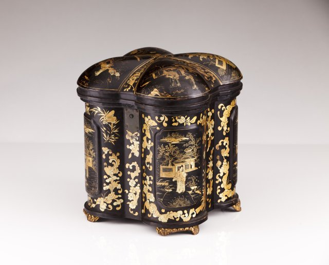 A 19th century Chinese lacquered tea box
