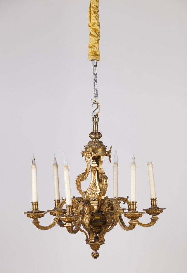 Lustre estilo Luis XIV