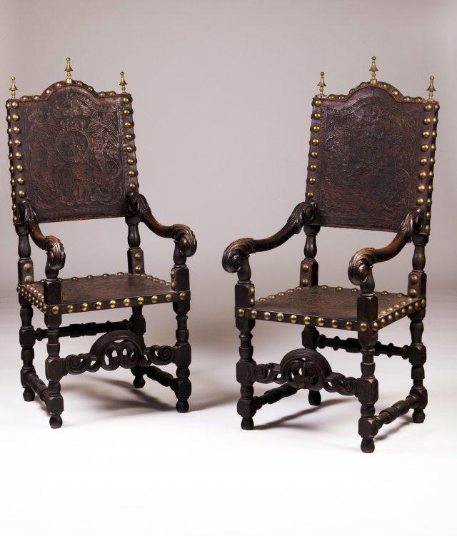 Par de cadeiras de braços