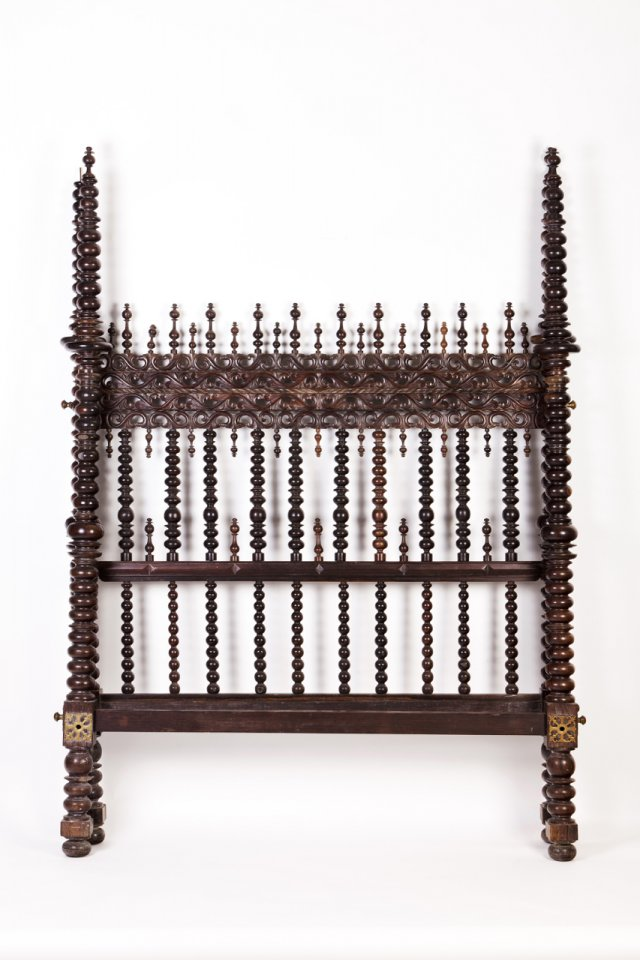 "A 19th century Portuguese rosewood ""bilros"" bed"