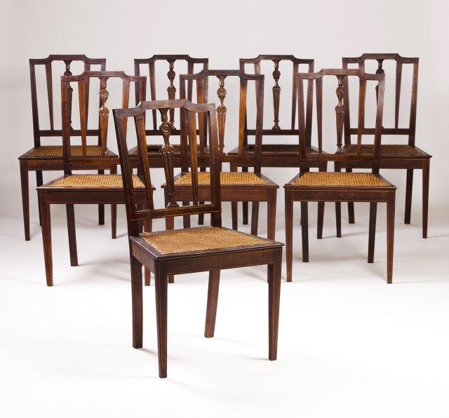 Conjunto de oito cadeiras D. Maria