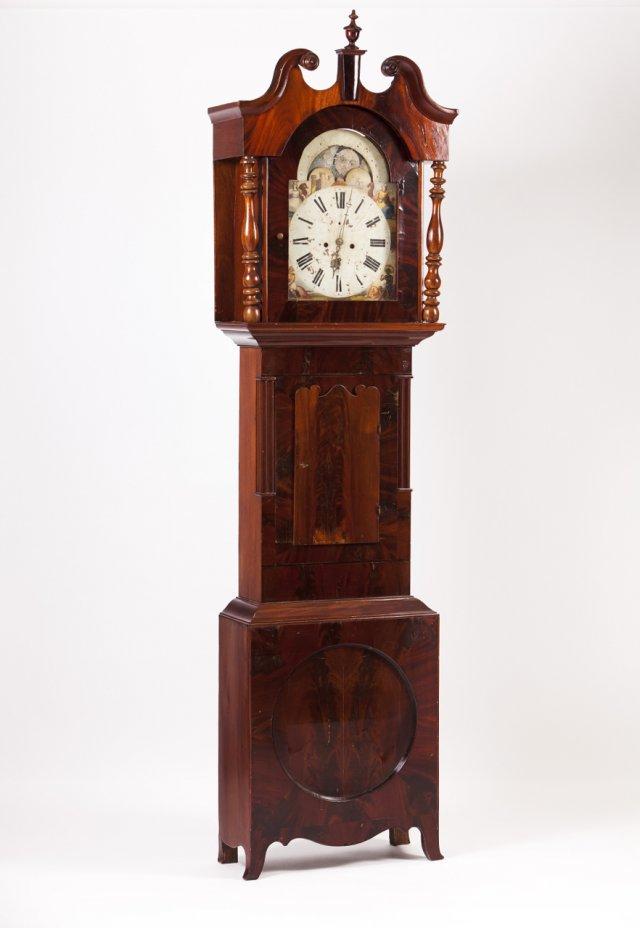 Relógio de caixa alta Victoriano
