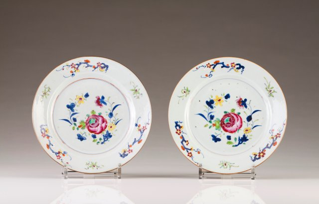 A pair of plates