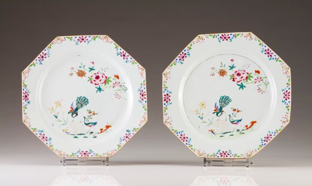 A pair of octagonal plates