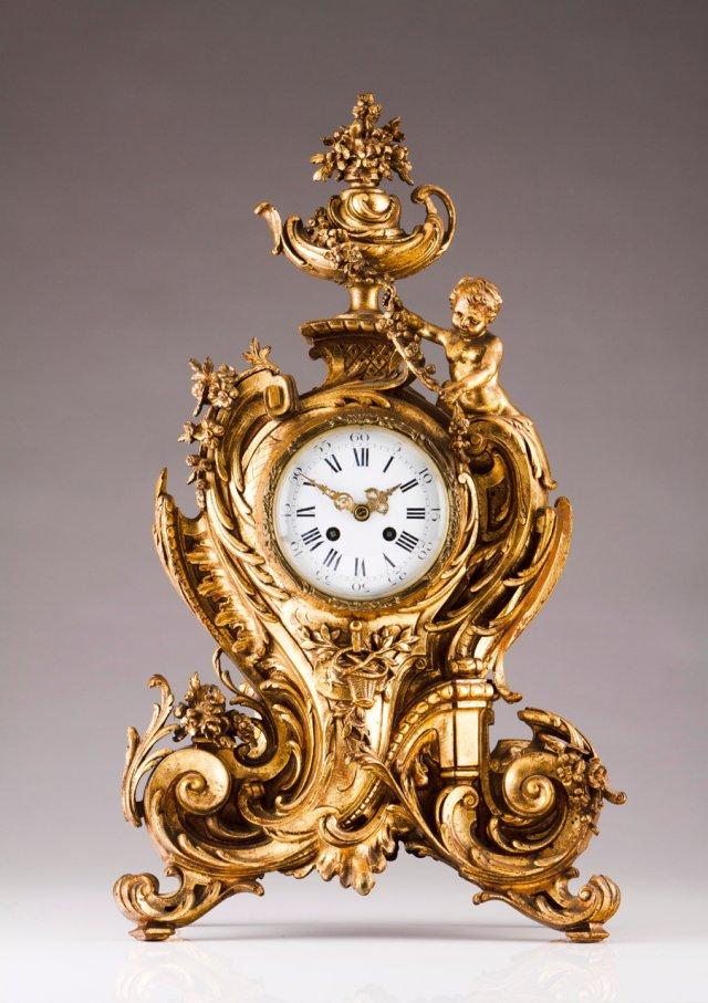 Relógio de mesa estilo Luís XV