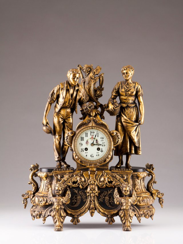 A late 19th, early 20th century French table clock