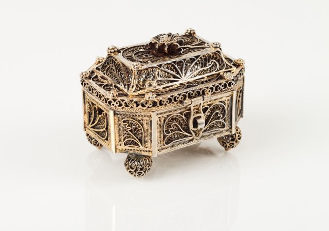 A small 19th century Indian silver octagonal box