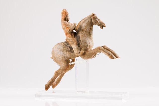 Figura masculina a cavalo