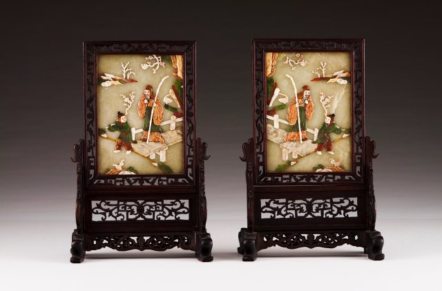 A pair of table screens