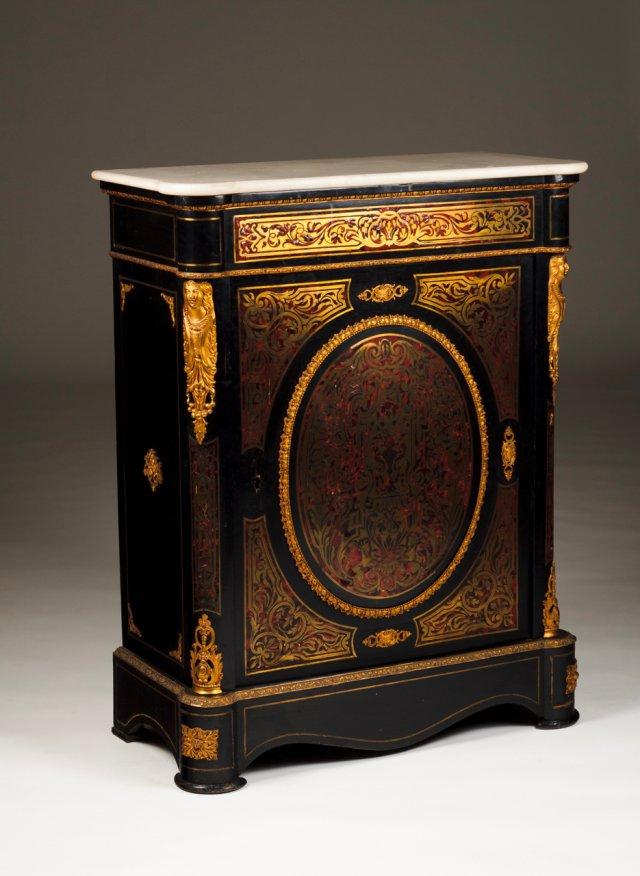 A Napoleon III cabinet