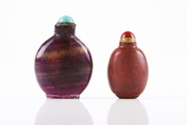 [Auction 65] Lot 34 – Two snuff-bottles