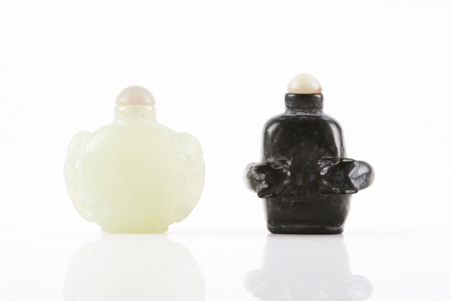 [Auction 65] Lot 35 – Two snuff-bottles