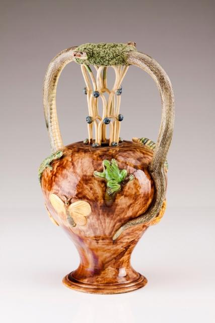 """[Auction 72] Lot 17 – A """"secret"""" jug"""