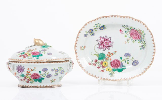 A pair of tureens and platters