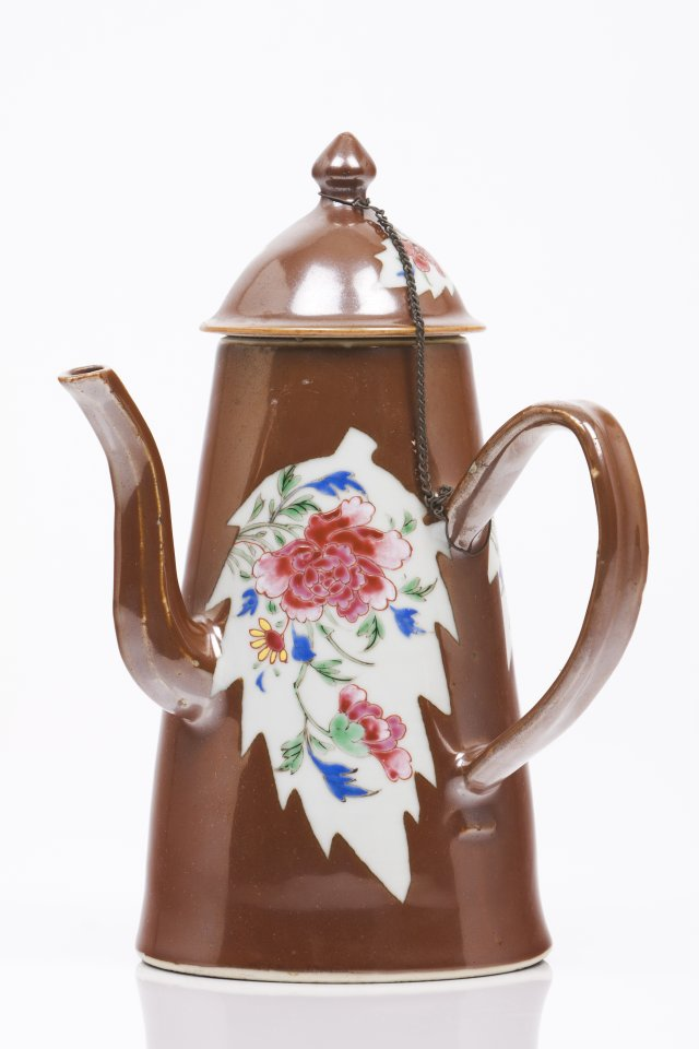 A chocolate pot