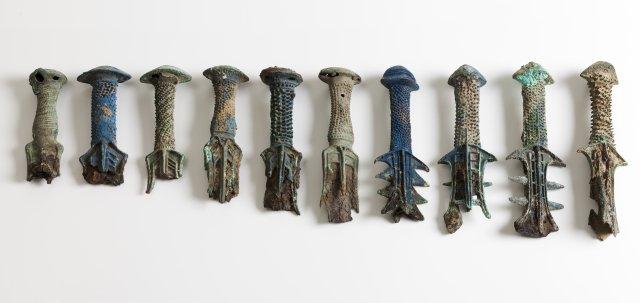 Conjunto de dez punhos de espada