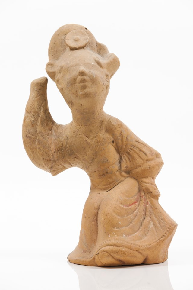 A Sichuan terracotta sculpture of a dancing lady