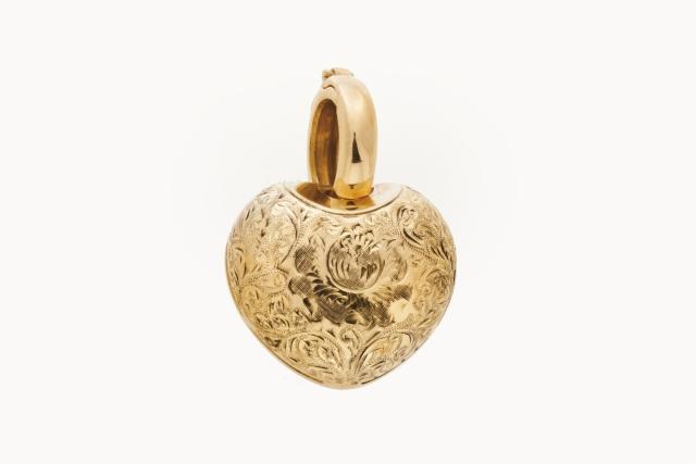 [Auction 73] Lot 12 – A pendant