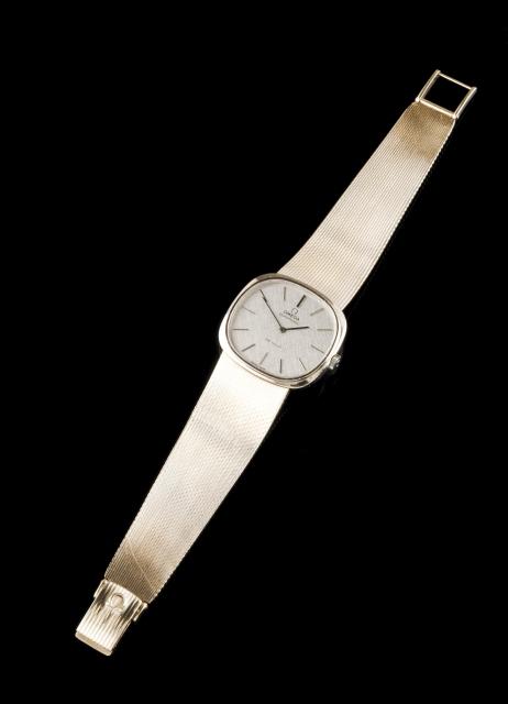 [Auction 73] Lot 30 – A wristwatch, OMEGA DeVILLE