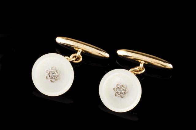 A pair of Art Deco cufflinks