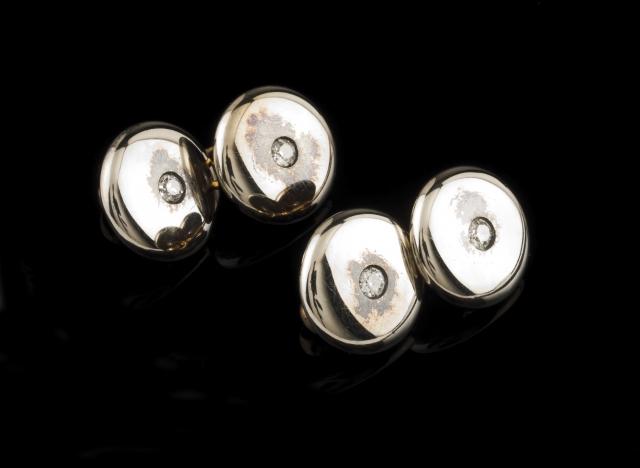 [Auction 73] Lot 36 – A pair of cufflinks