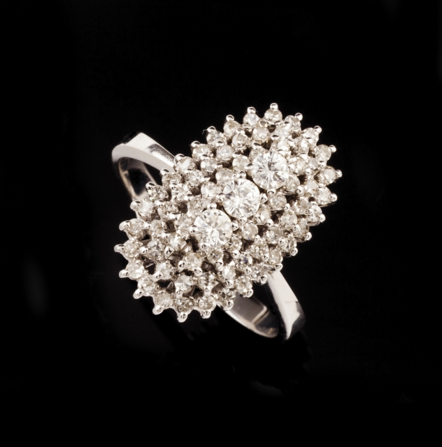 [Auction 73] Lot 5 – A ring