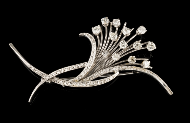 [Auction 73] Lot 54 – A brooch